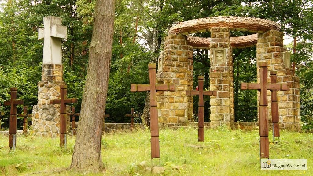 Zabytkowy cmentarz wojenny nr 6 w Krempnej
