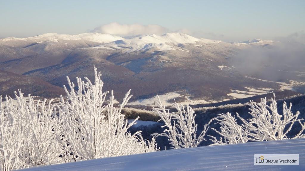 Zimowy widok z Wielkiej Rawki