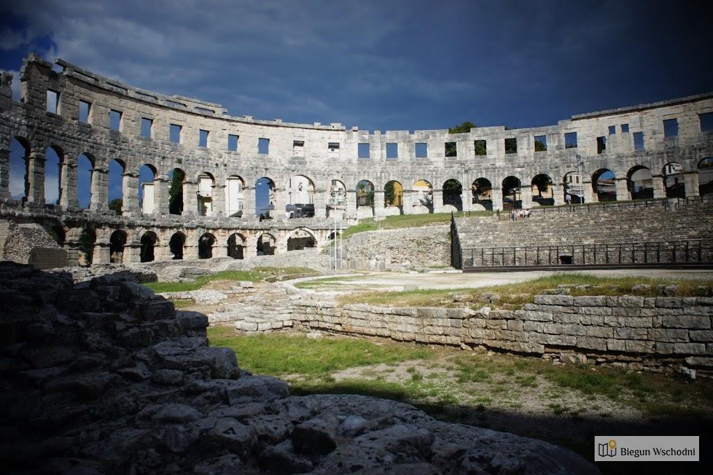 Atrakcje Chorwacji - amfiteatr w Puli
