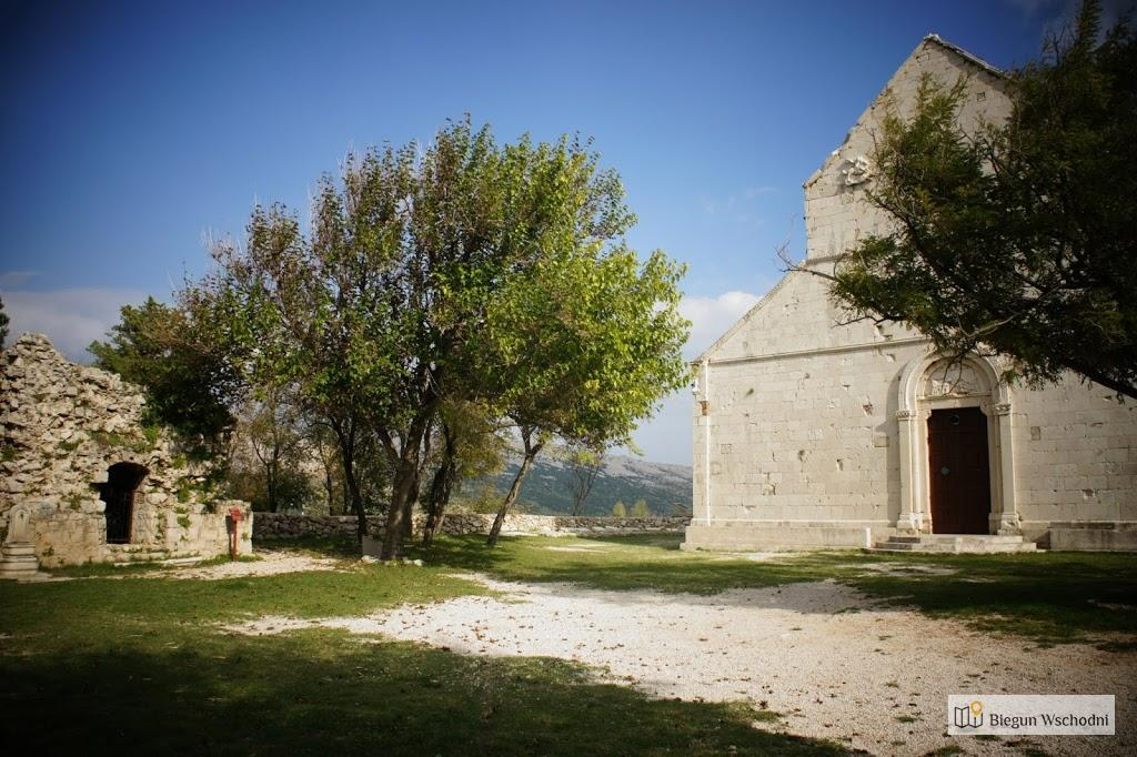 Pozostałości starego miasta Pag na wyspie Pag, Zadar, atrakcje Chorwacji