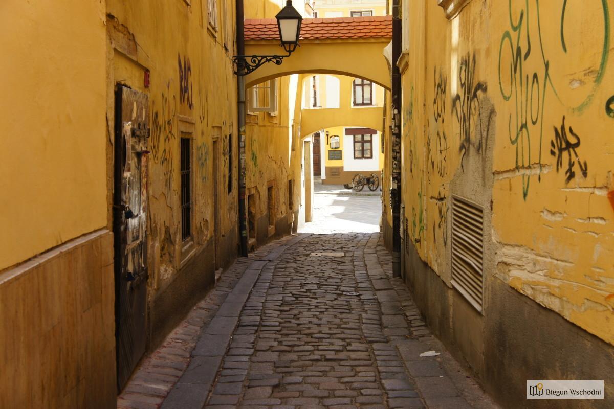 Co zobaczyć w Bratysławie- ulica kata
