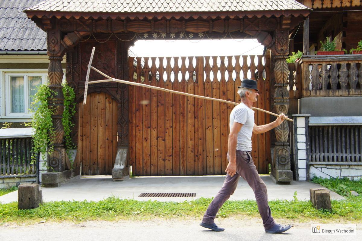 Brama marmaroska - charakterystyczny element folkloru