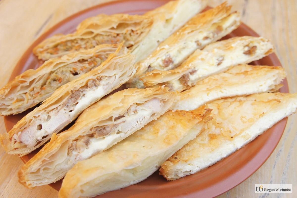 Placinta - tradycyjna kuchnia rumuńska, co zjeść w Rumunii