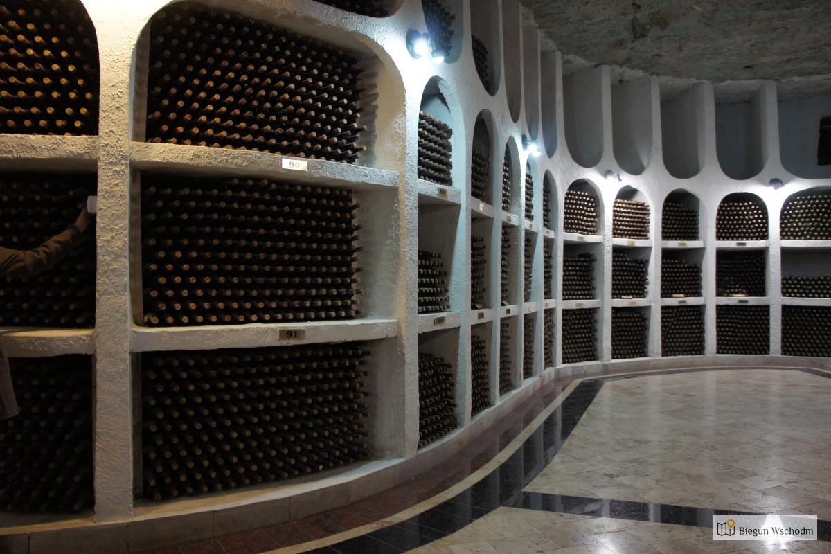 Największe winnice świata - Cricova. Co zobaczyć będąc w Kiszyniowie
