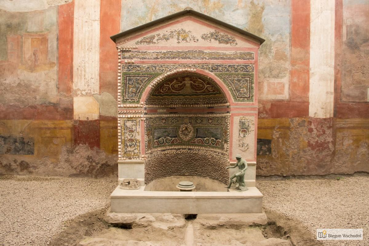 Pompeje - Casa della Fontana Piccola - atrakcje Pompejów