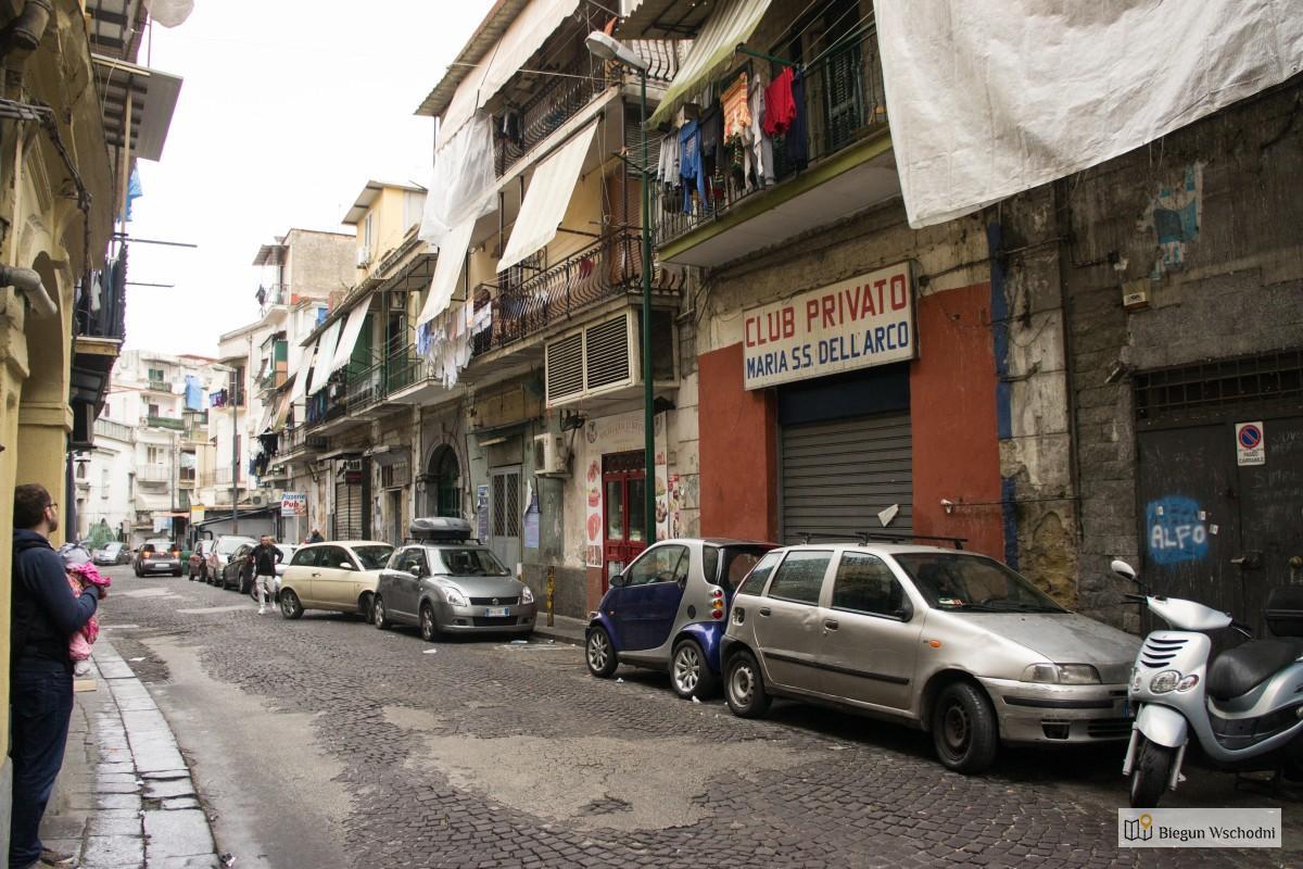Neapol. Najbrzydsze miasto Włoch