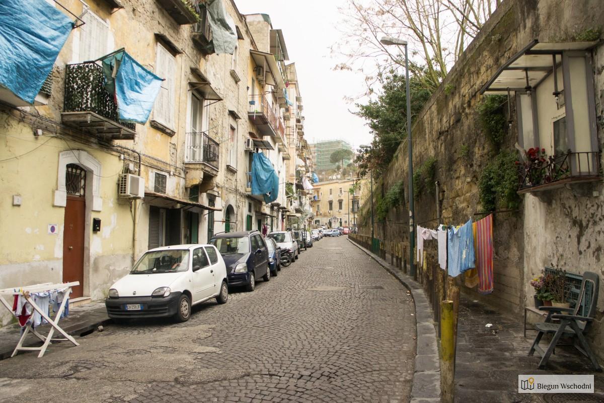 Przewodnik po Neapolu - suszące się pranie