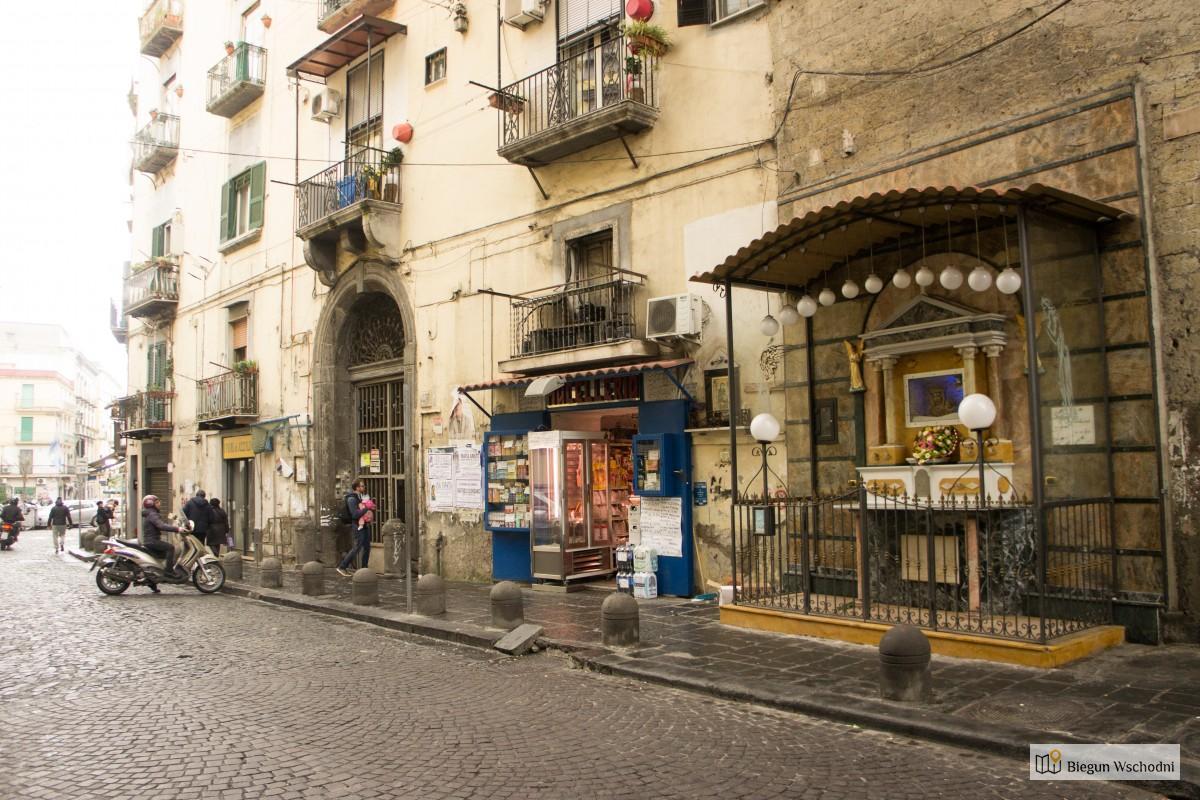 Neapol - kapliczki wotywne