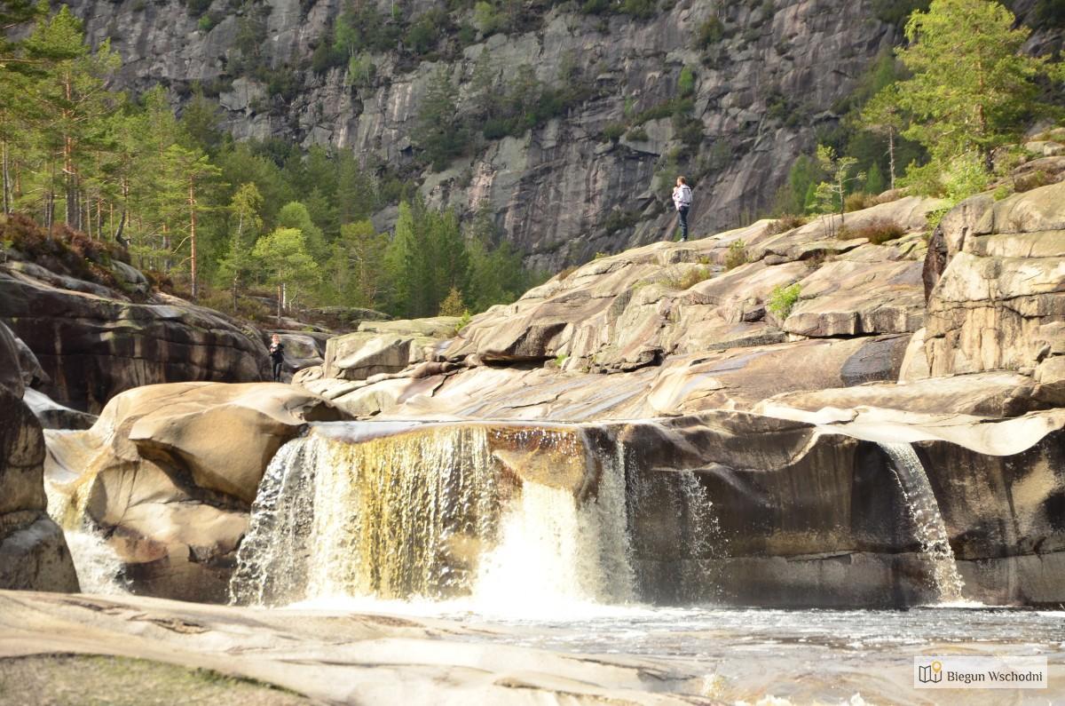 Atrakcje Norwegii. Jettegrytene – Park Wodny Wyrzeźbiony Przez Naturę