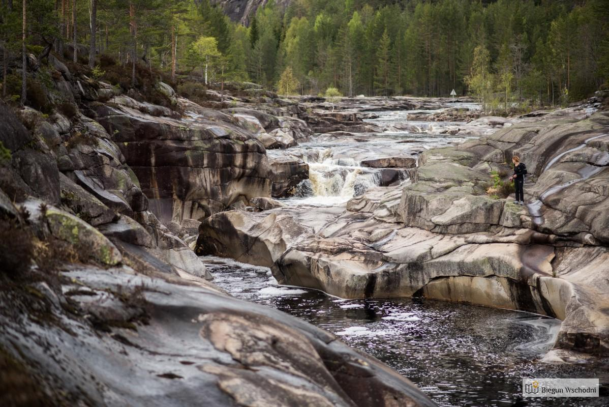 Co zobaczyć w Norwegii - Jettegrytene Nissedal