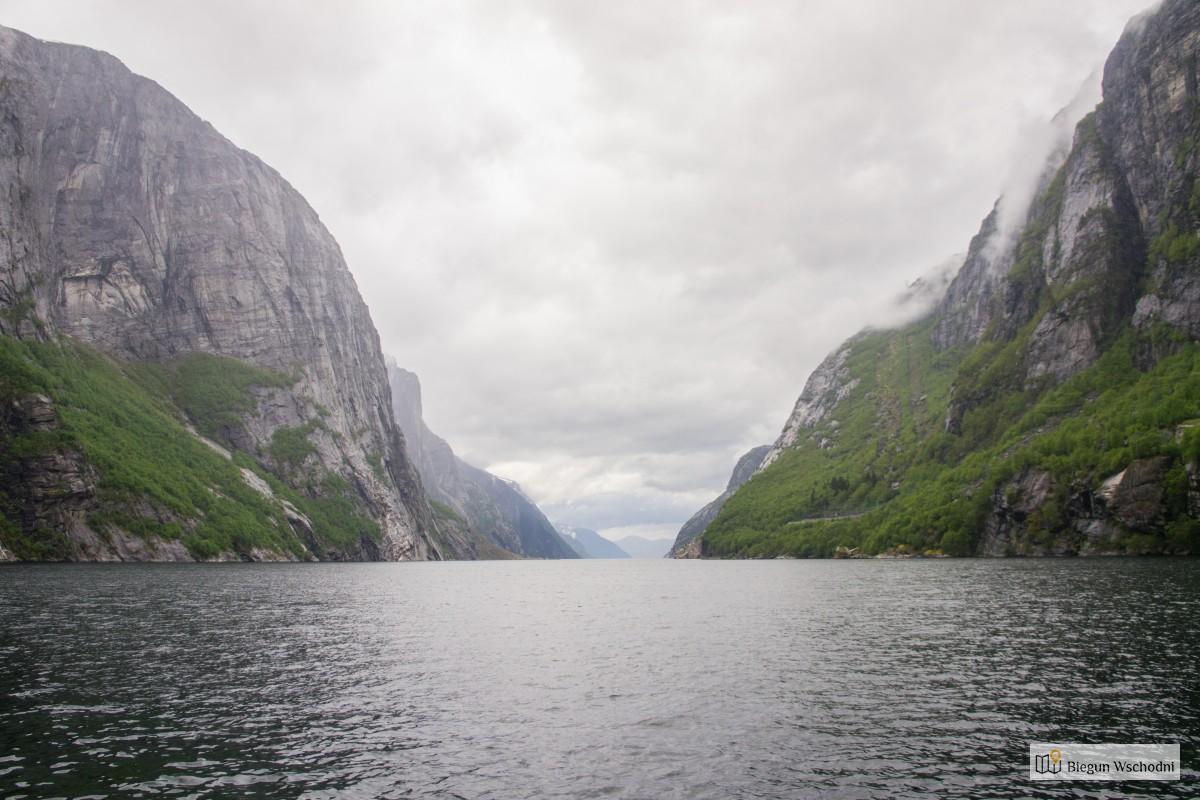 Co zobaczyć w Norwegii - droga na Kjerag