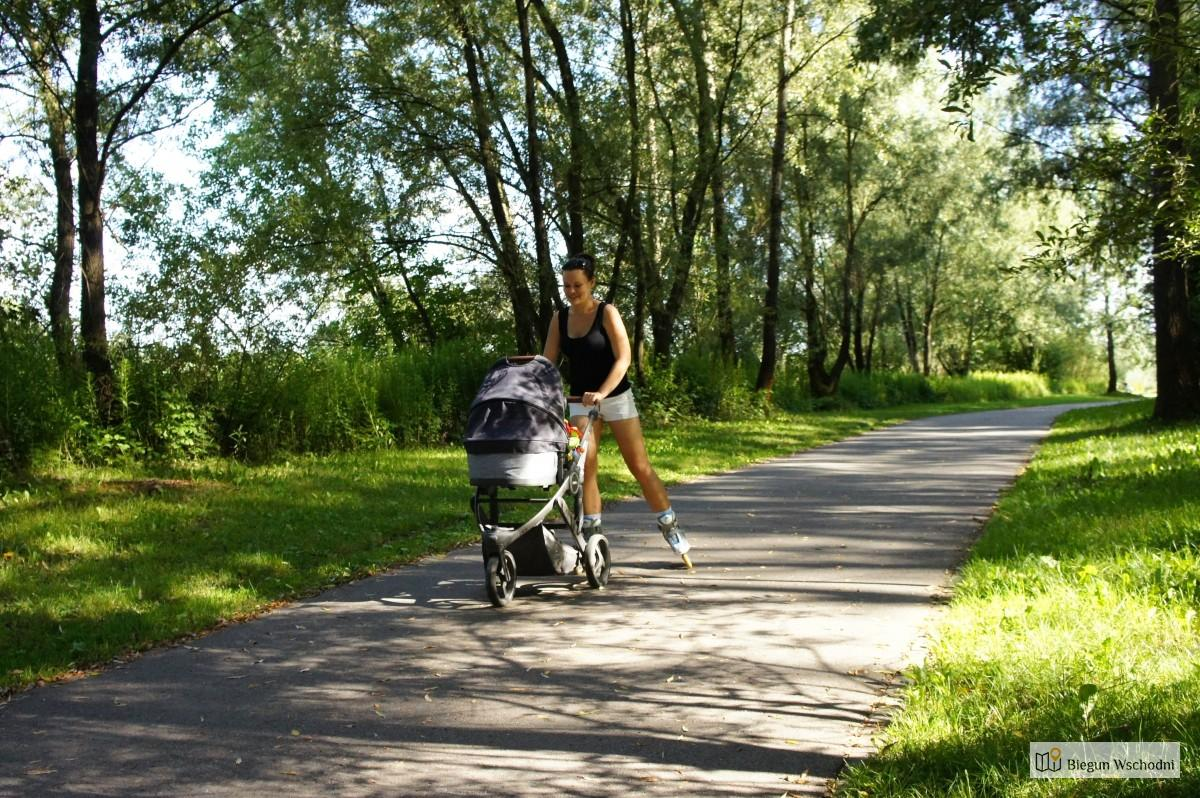 Wózek do biegania i jazdy na rolkach - test i recenzja