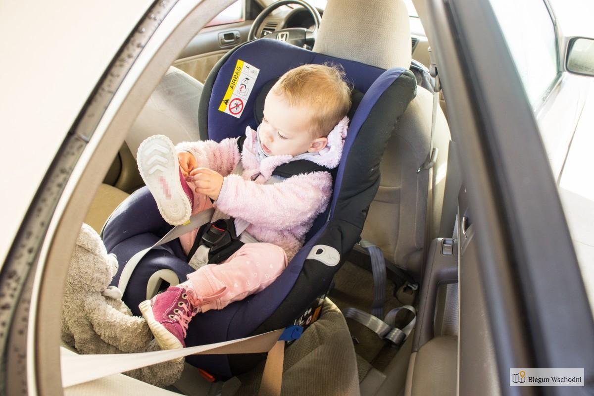 Foteliki RWF - wożenie dziecka tyłem do kierunku jazdy