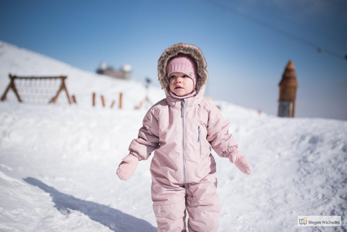 Jak Spakować Dziecko W Podróż Zimą, Tylko W Bagaż Podręczny